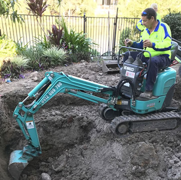 Excavating with Active Mini Diggers